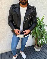 Куртка мужская из плотной пресскожи черная с косой молнией и погонами