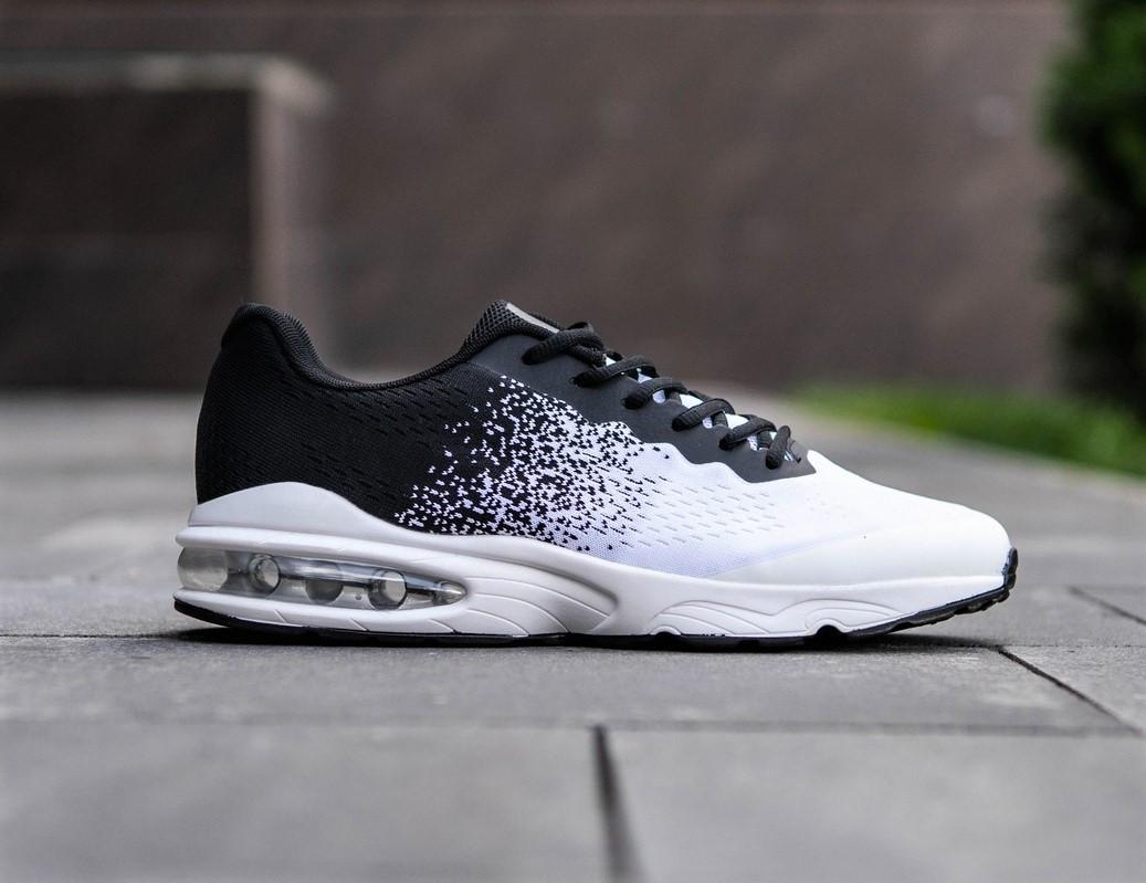 Кросівки спортивні чоловічі білі з чорним
