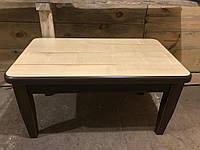 Стол из дерева. Деревянный обеденный стол.