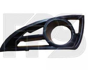 Правая решетка Джили MK 06- в бампере  до 2011 / GEELY MK (2006-)