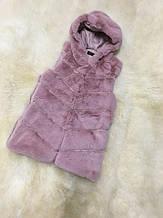 Жилет з хутра кролика рекс (штучна) з капюшоном рожева