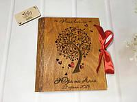 """Фотоальбом """"Наше весілля"""" в деревянной обложке с гравировкой (№3) (ореховое дерево)"""