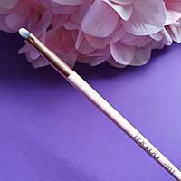 Кисть для мелких деталей в макияже Malva М-310 №011 (контур / акценты / растушевка любой текстуры)