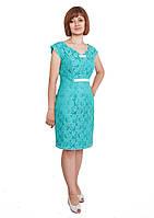 Стильное офисное голубое гипюровое платье по фигуре, подкладка атлас