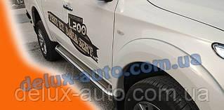 Боковые пороги площадки на Mitsubishi L200 2015-2019 Пороги площадки нержавейка D60 на Митсубиси л200 2015+
