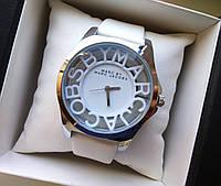 Часы Marc Jacobs белые 1447