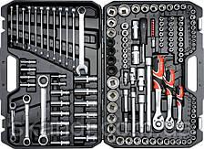 Набор инструментов для автомобиля с ключами Yato YT-3881