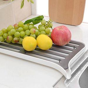 Сушилка для посуды со сливным носиком top-740