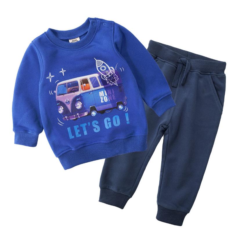 Детский спортивный костюм    90