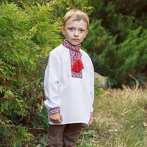 Рубашка вышиванка с красной вышивкой для мальчика