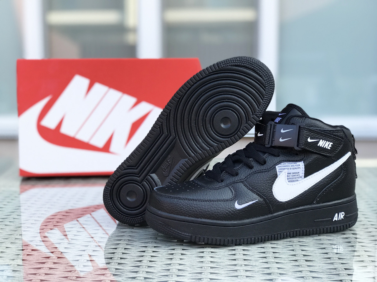 Кросівки чоловічі в стилі Nike Air Force 1  чорно білі  ТОП якість
