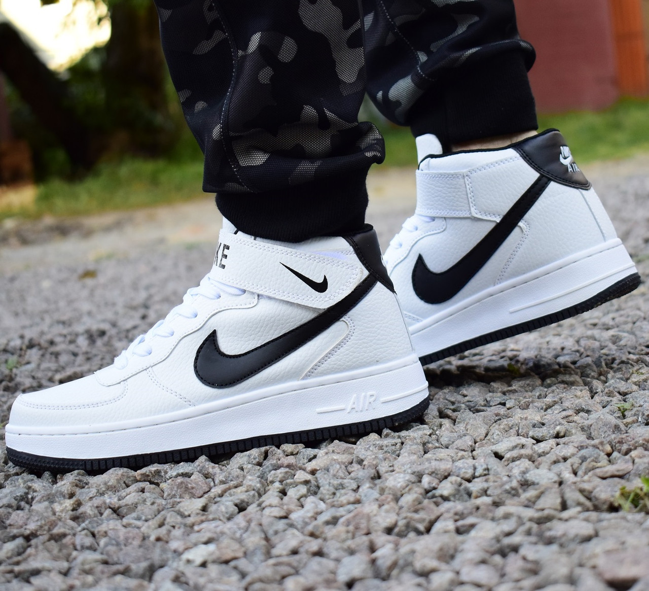 Nike Air Force 1 белые/черные High