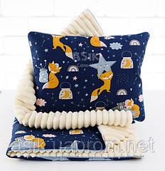 Плед и подушка со спящими лисичками и мишками сине-молочного цвета