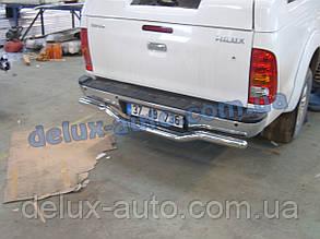 Защита заднего бампера труба с изгибом на Toyota Hilux 2007-2011 Труба задняя чайка Тойота Хайлюкс 2007-2011