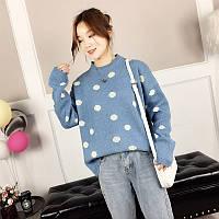Женский свитер в горошек