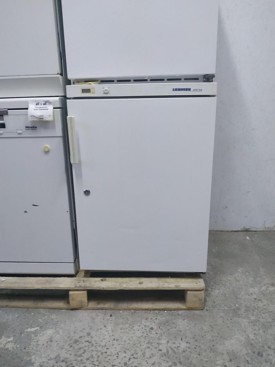 Холодильник маленький no frost  Liebherr UKS 1800