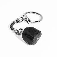 Брелок с шлифованным шерлом черным турмалином, 101БШ