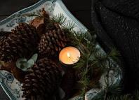 """Фото открытка """"Шишки и свеча"""", фото 1"""