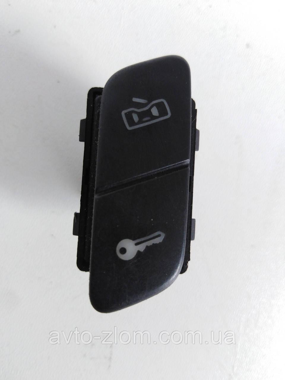 Кнопка блокировки дверей Volkswagen Polo 9N, Поло. 6Q1962125.