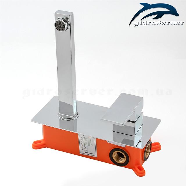 Смеситель для раковины скрытого монтажа KGR-01 с пластиковым монтажным боксом.
