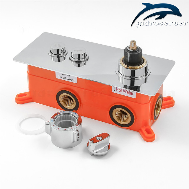 Встраиваемый термостатический смеситель для душа GTB-02 с горизонтальным монтажом в стену сантехнического узла.