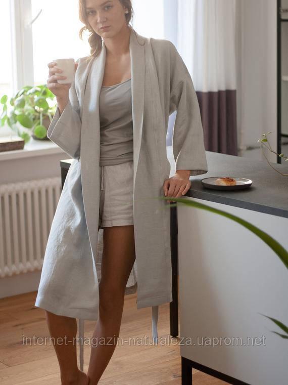 Жіночий халат льняної