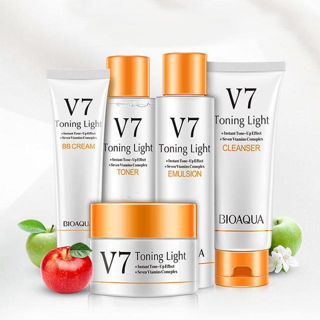 BIOAQUA V7 Toning Light Vitamins