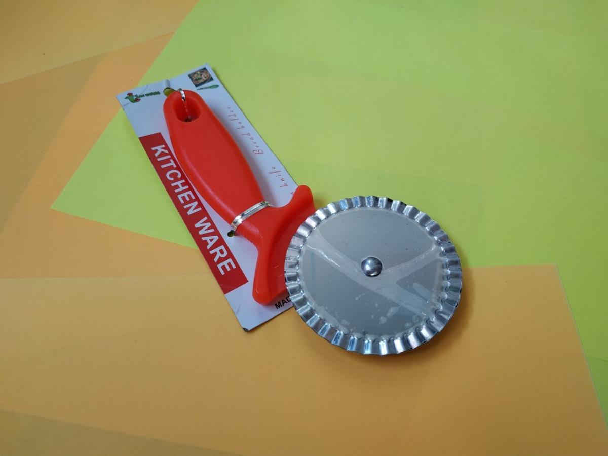 Рифленый нож-колесо для теста и мастики