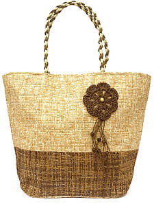 Объемная женская сумка на лето
