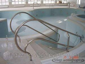 Лестница  для бассейна «Standard» 4 ступени шир. поручней