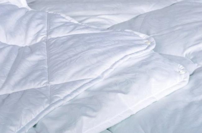 """Одеяло """"Зима - Лето"""" на кнопках закрытое однотонное холлофайбер (Микрофибра) Двуспальное Евро T-54828, фото 2"""