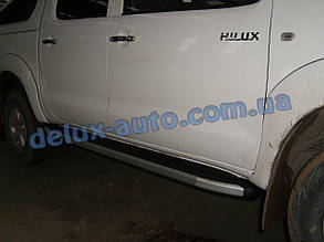 Боковые пороги площадки алюминиевые elegant на Toyota Hilux 2011+ Пороги площадки на Тойота Хайлюкс 2011-2014
