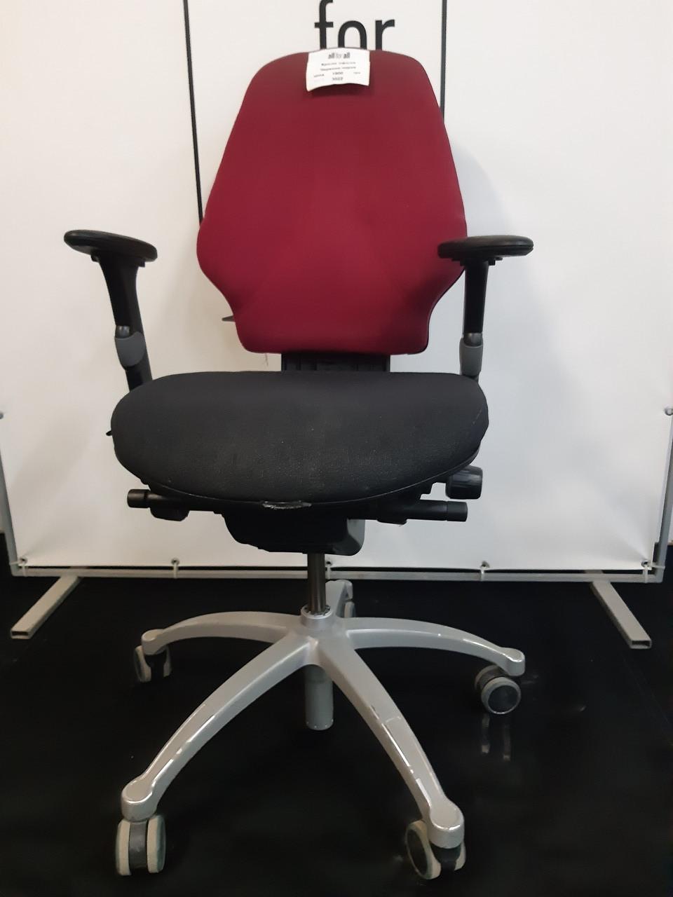 Крісла, Крісло з Європи, Ортопедичне червоно чорне з підлокотниками
