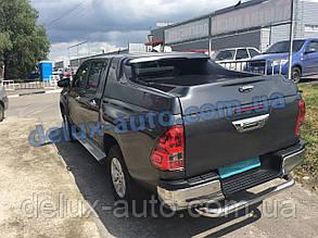 Защита заднего бампера труба с загибом на Toyota Hilux 2015+ Труба задняя с изгибом Тойота Хайлюкс 2015-2019