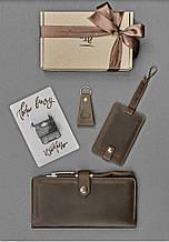 """Набор кожаных аксессуаров для путешественника """"Барселона"""": тревел-кейс, бирка для багажа и брелок"""