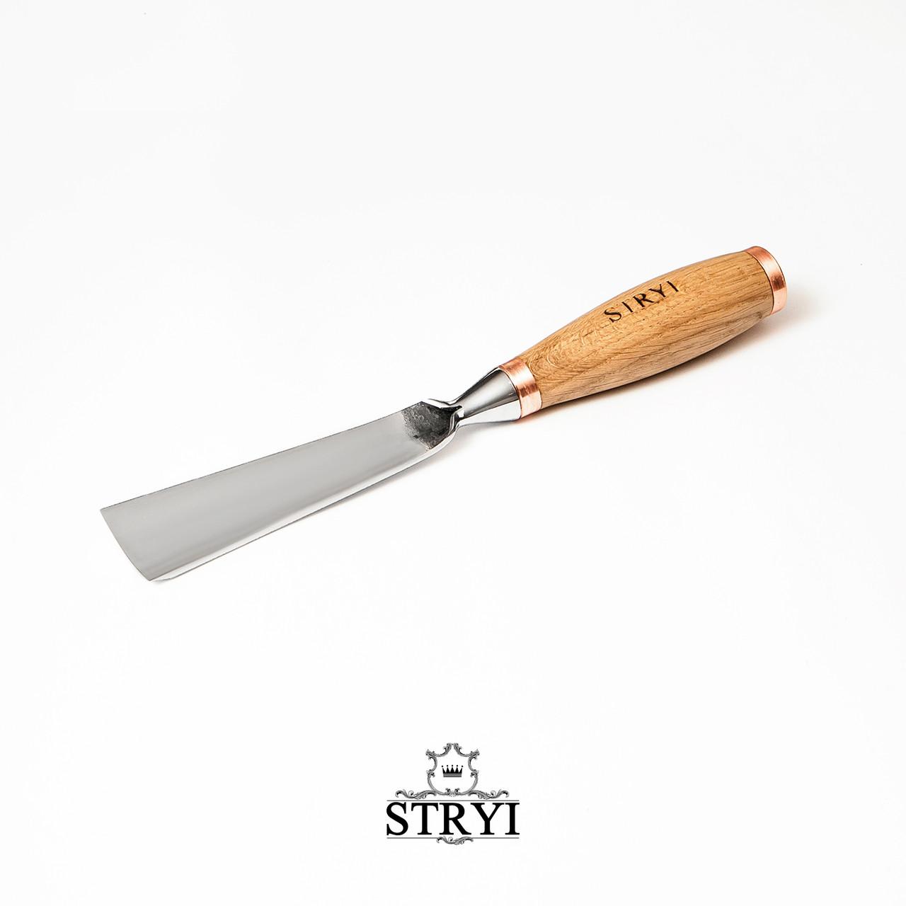 Отлогая ударная стамескадля резьбы по дереву от производителя STRYI профиль 7, 30мм