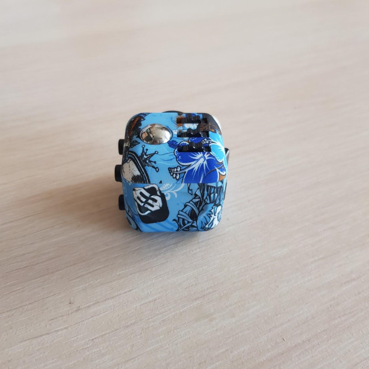 FidgetCube - 6 сторін - (синій-череп) 901-23