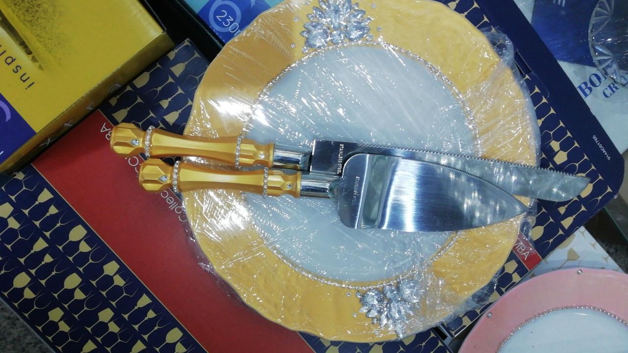 Набор для нарезания молодоженами свадебного торта ручной работы со стразами
