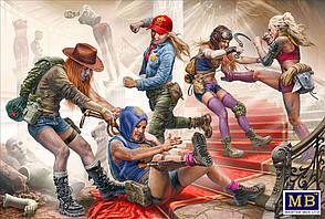 Серия битвы в пустыне, Клан Черепа-Новые Амазонки. Отдай! Это моя добыча!!! 1/35 MASTER BOX 35202