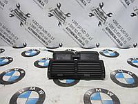 Центральный дефлектор воздуха bmw e53 x-series (8402221)