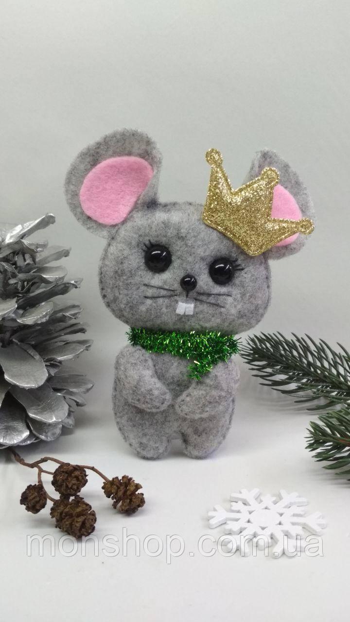Мишка з короною