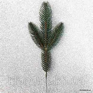 Веточка хвои, пластик, 25 см, Цвет: Зелёный