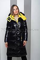 Стильный чёрный пуховик из мягкой глянцевой ткани с жёлтой подкладкой Peercat 19-122, фото 1