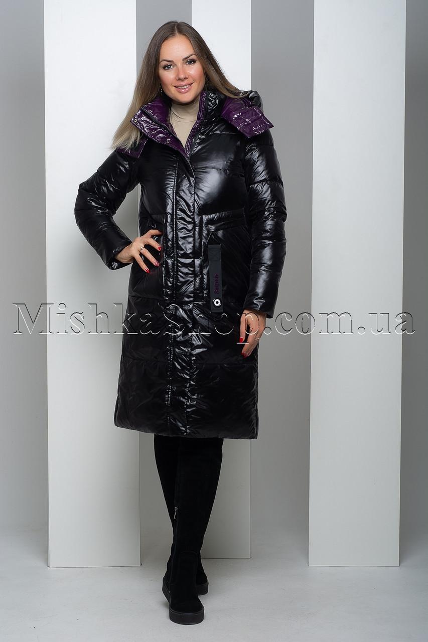Стильный чёрный пуховик из мягкой глянцевой ткани с фиолетовой подкладкой Peercat 19-122