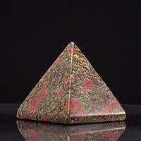 Пирамида сувенир натуральный камень Гелиотроп Яшма, высота 4см