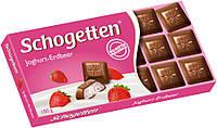 """Шоколад молочный """"Schogetten"""" с клубнично-йогуртовой начинкой 100 г"""