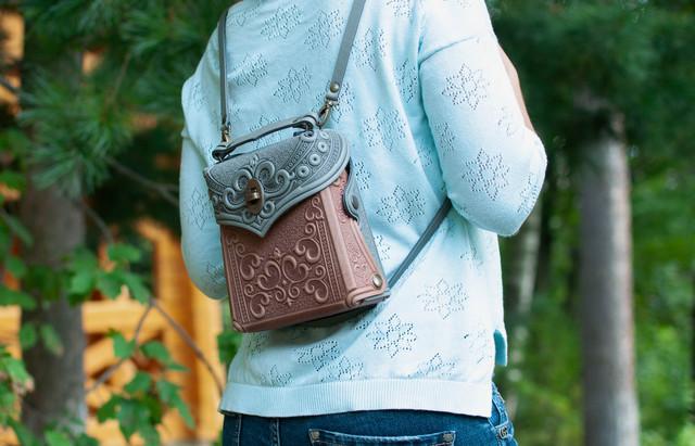 Кожаные рюкзаки женские, ручная работа