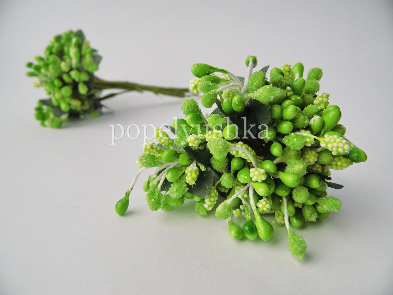 Тичинки дрібноцвіт яскраво-салатовий