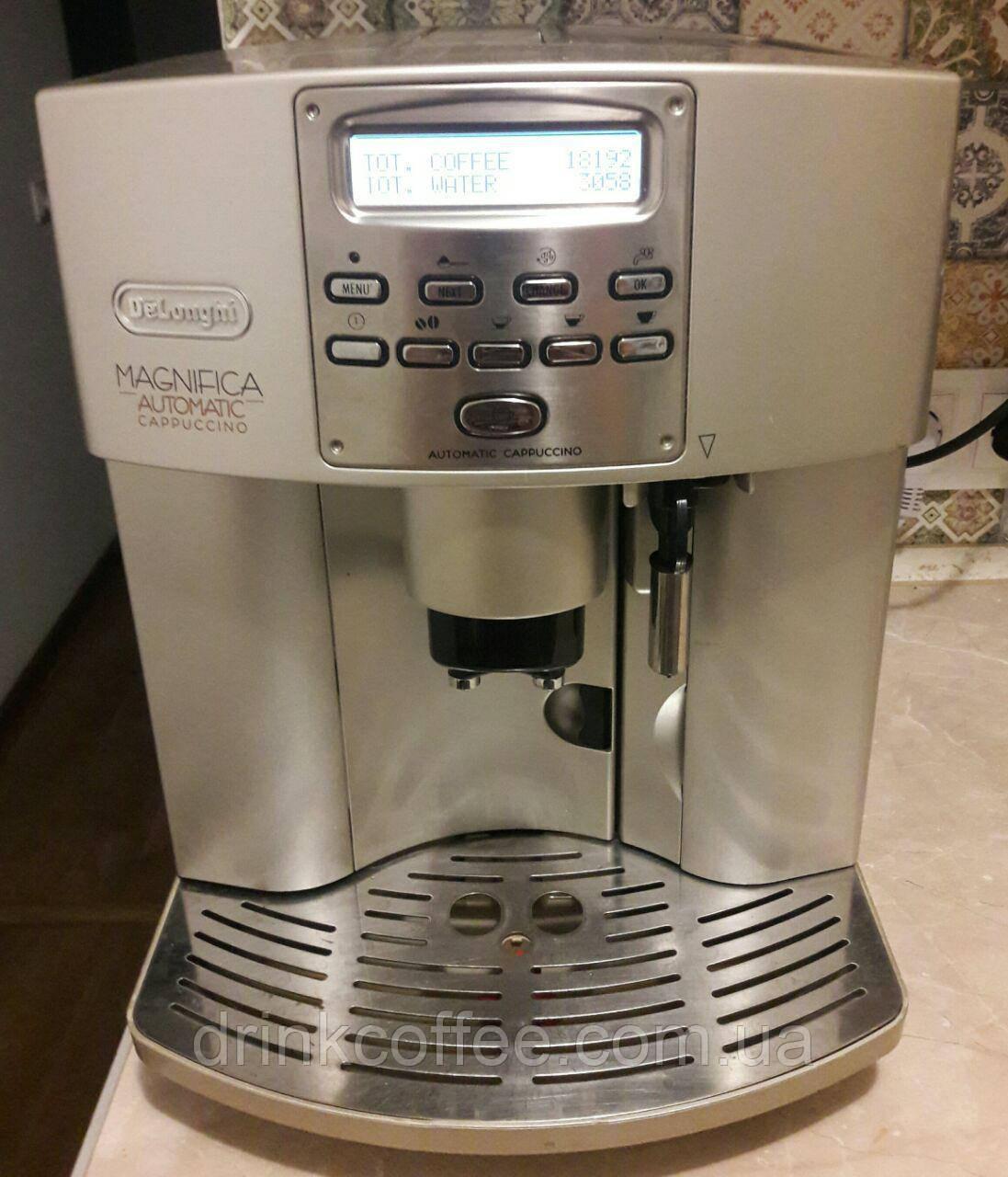 Кофемашина DeLonghi ESAM 3500s Magnifica Automatic Cappuccino б/у + новый молочник!