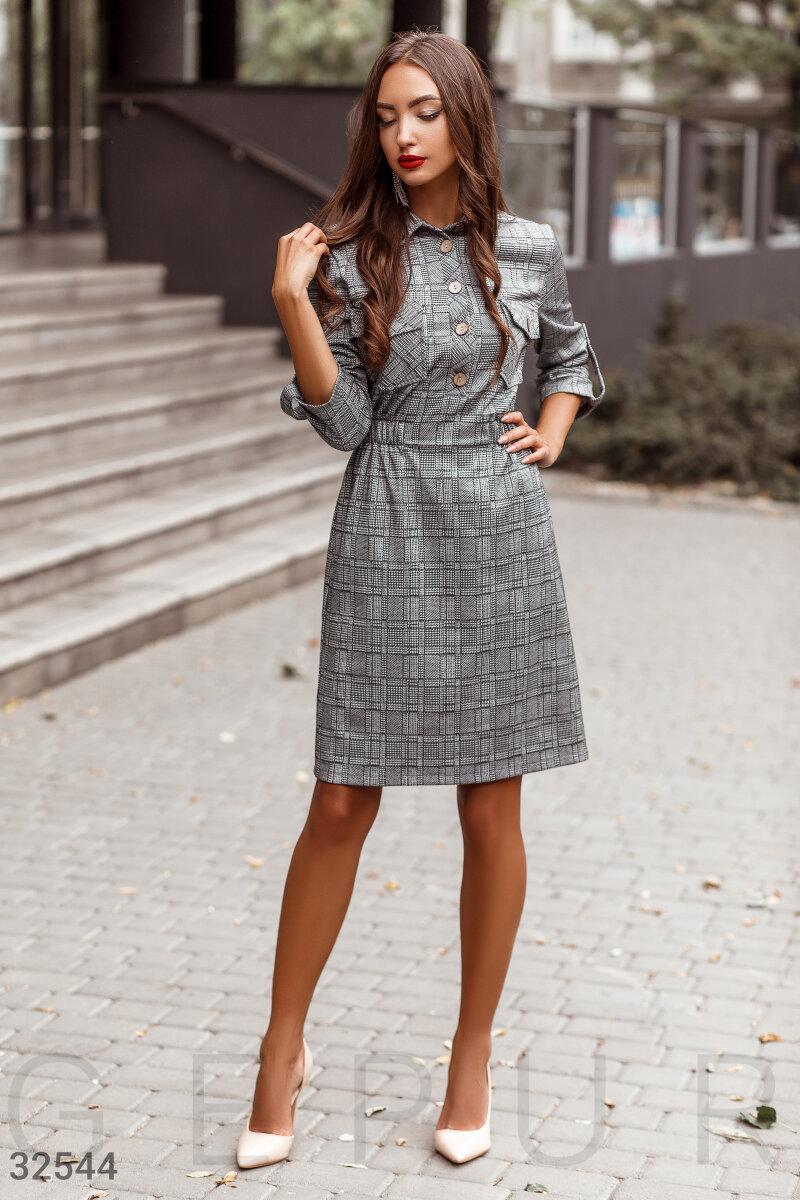 Шерстяное платье в деловом стиле в клетку